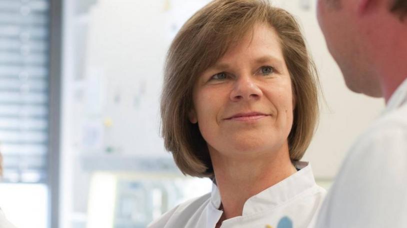 Prof. Ulrike Protzer, Direktorin der Institute für Virologie der Technischen Universität München und des Helmholtz Zentrum München