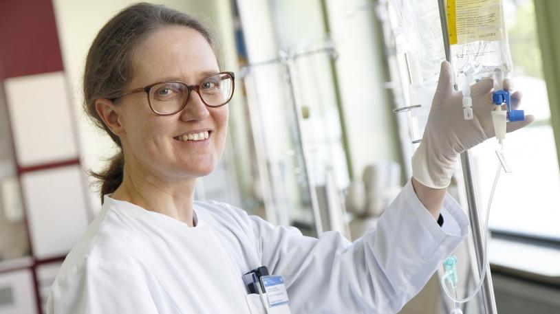 Prof. Dr. Angela Krackhardt