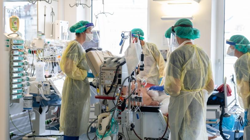 Auf einer Covid-19-Intensivstation des Klinikums rechts der Isar im April 2020