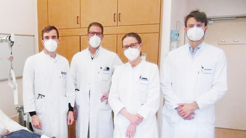 Privat-Dozent Dr. Simon Heidegger, Prof. Florian Bassermann, Prof. Angela Krackhardt und Dr. Alexander Biederstädt (v.li.)