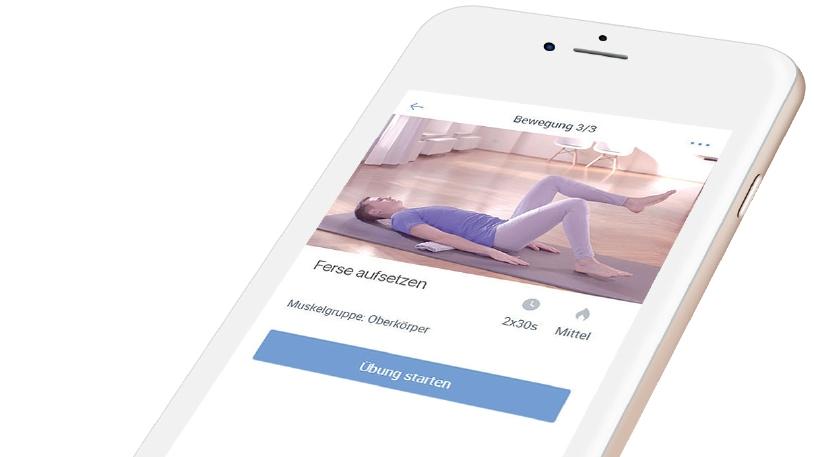 Menschen mit Rückenschmerzen erhalten über die App auf dem Smartphone Anleitungen zu Bewegungs- und Entspannungsübungen (Bild: Klinikum rechts der Isar)