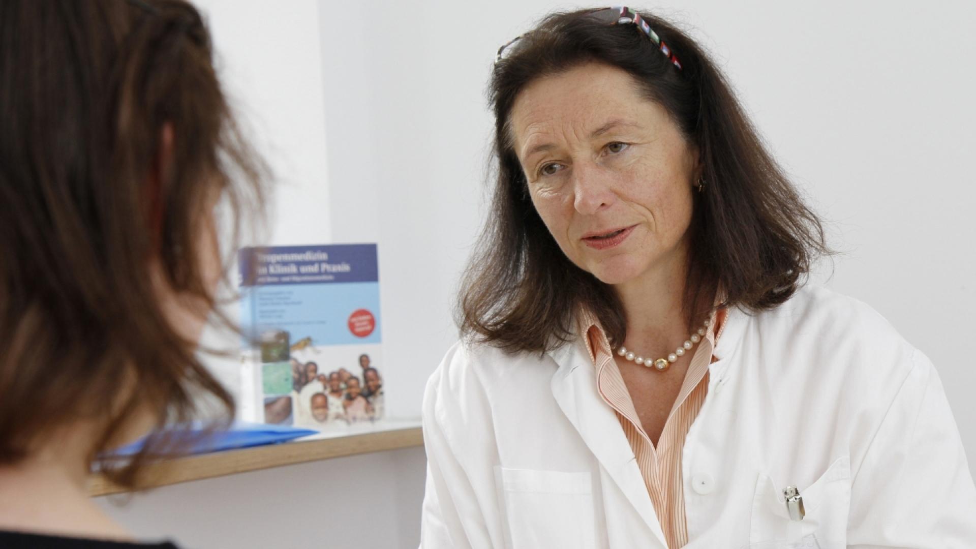 Dr. Hedwig Roggendorf ist Leiterin der Impfsprechstunde am Klinikum rechts der Isar