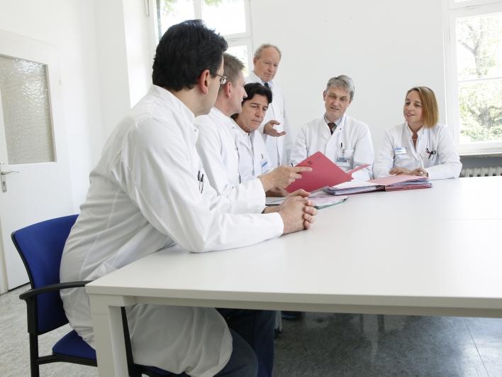 Ärzte in der Besprechung