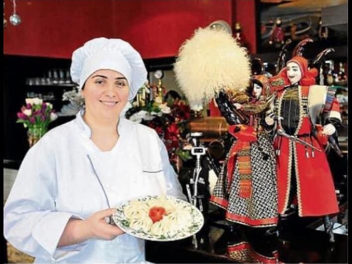 Georgische Köstlichkeiten hat uns Irma Bourntoulis spendiert, der Chefin des Restaurants IVERIA