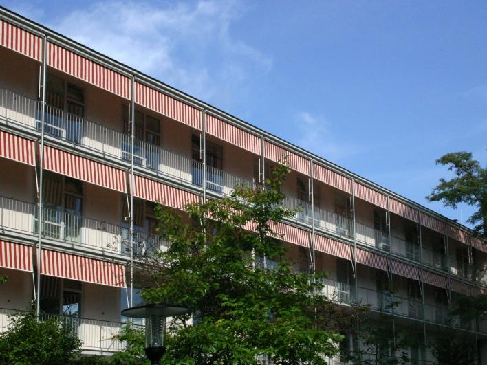 Frauenklinik Außenansicht Gebäude
