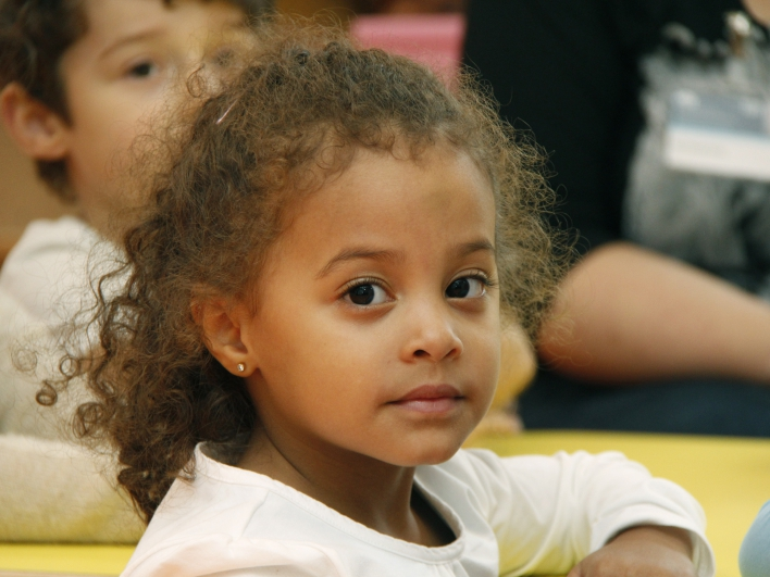 maedchen im kindergarten