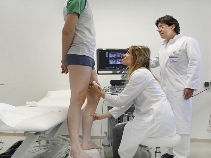 Untersuchung der Beinvenen in der Phlebologie